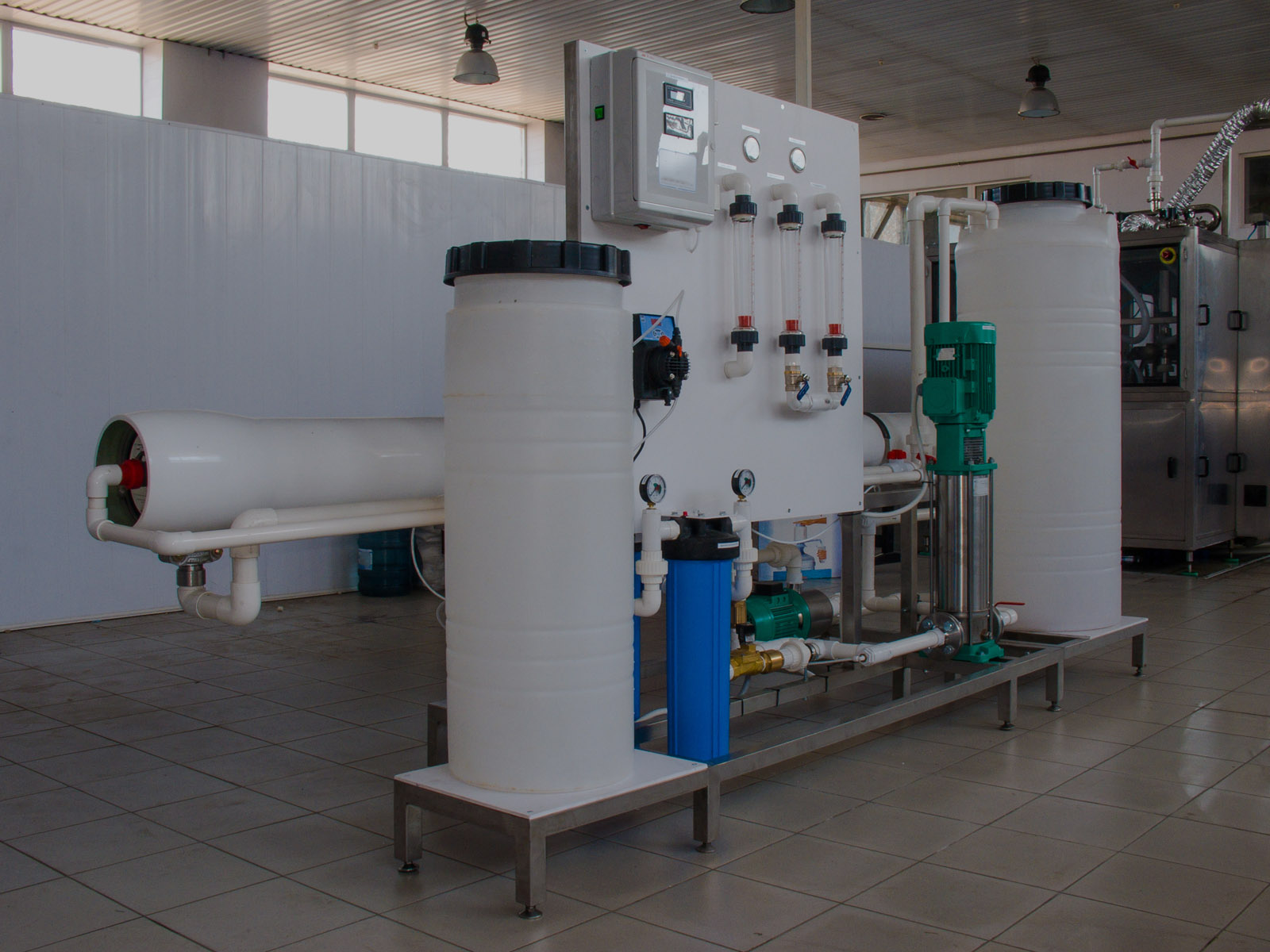 Reverse osmosis system is installed in commercial building